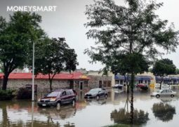 Floods in Singapore protect your savings