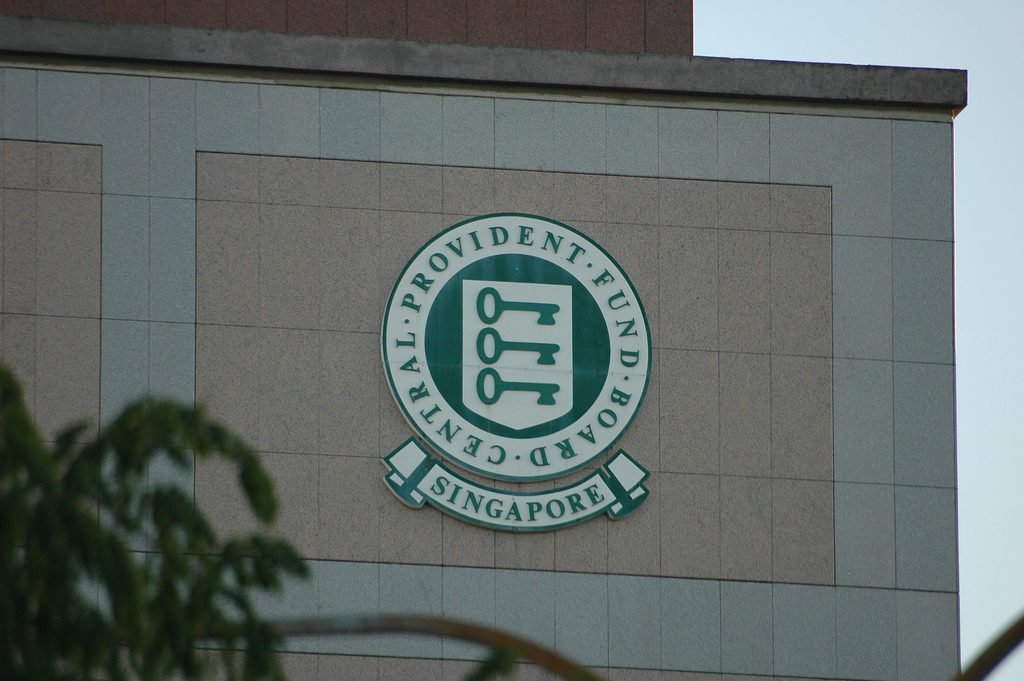 An Ex-CPF Employee Exposes the 3 Biggest Complaints Singaporeans Have About Their CPF Accounts