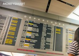 changi-airport-departure-board-header
