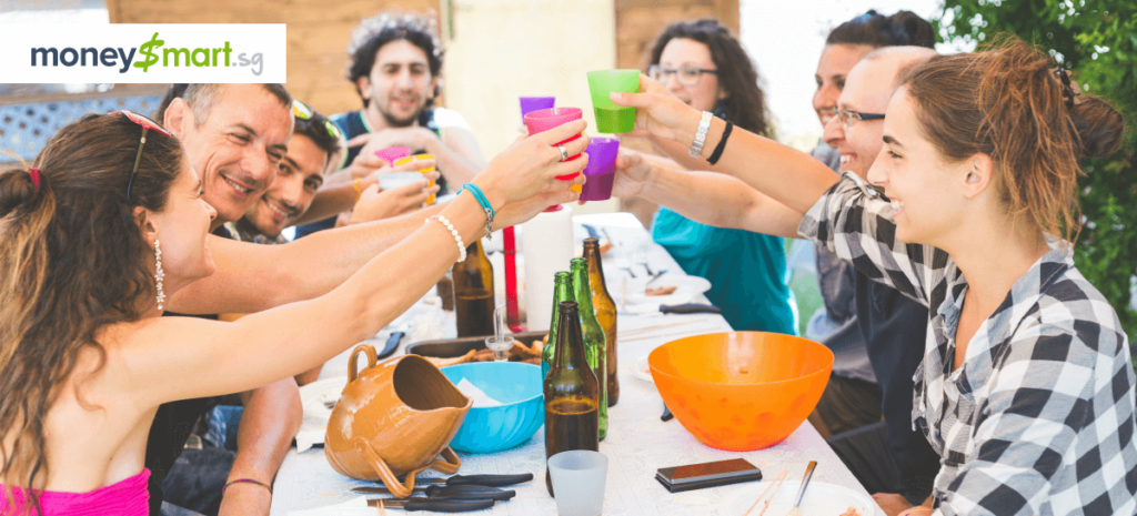 3 Ways Tertiary Students Can Keep Their School Holidays Cheap While Still Having Fun