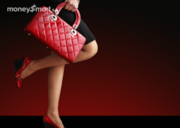 luxury-handbag-woman-header