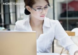 woman-worker-office-laptop-header