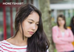 girls-lonely-bullied-header