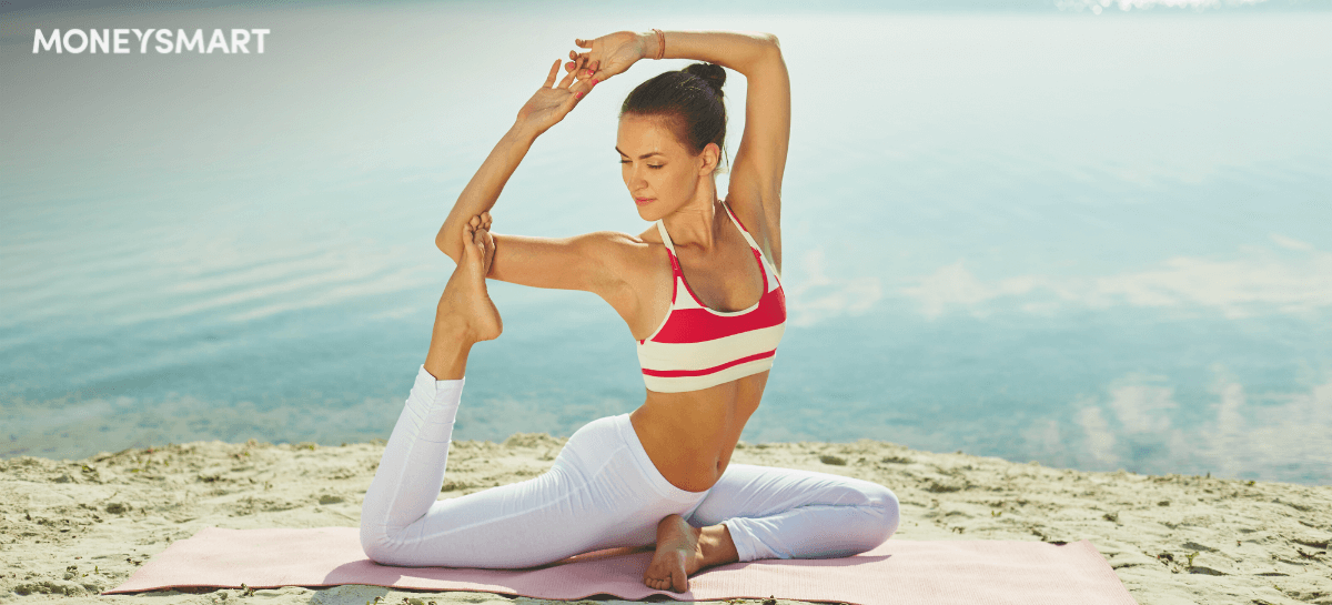 woman-yoga-beach-header