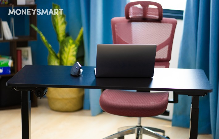 Ergonomic Furniture Singapore - TakeAseat - standing desks, office chairs, back and lumbar support
